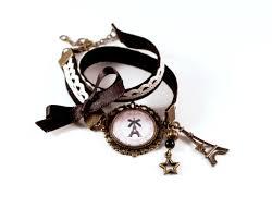 breloque tour eiffel perlaine et coton création de bijoux