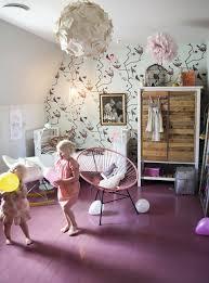 parquet chambre fille chambre fille mur fleuri parquet peint