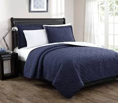 Bedspreads Quilts And Coverlets Stenson Navy Ivory Reversible Bedspread Quilt Set Queen Bedroom