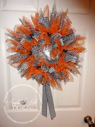 deco mesh halloween wreaths diy halloween wreath smoothfoam