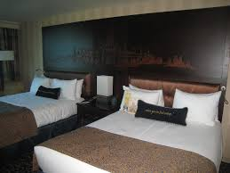 disneyland hotel remodeled rooms