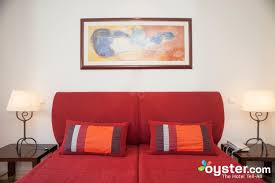 the family room at the yellow alvor garden oyster com