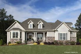 country style house country style house plan 4 beds 3 00 baths 2304 sq ft plan 929 610