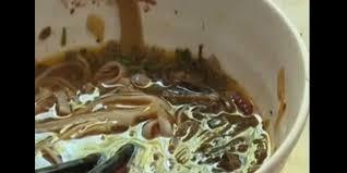 cafard cuisine un client une restauratrice à manger le cafard trouvé dans