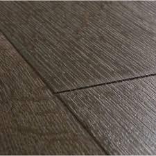 Laminate Flooring Direct Hillington Step Impressive Classic Oak Brown Planks Im1849