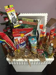 gifts for outdoorsmen 30 awesome fathers day gift basket ideas for men basket ideas
