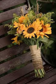 sunflower bouquets yellow sunflower bridal bouquet with burlap wrap