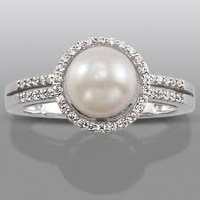 Sears Wedding Rings by Best 25 Pearl Rings Ideas On Pinterest Pretty Rings Pearl Ring
