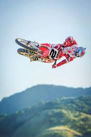 motocross action magazine website two stroke tuesday jeremy mcgrath u0027s 2005 factory cr250 aesenal mx