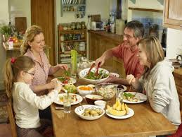 what are the benefits of family dinner time howstuffworks