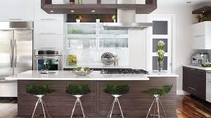 stratifié comptoir cuisine du vert en accent dans la cuisine chez soi