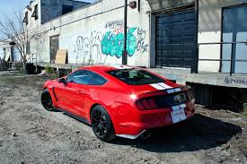 mustang modified 2017 2016 ford mustang shelby gt350 10 things you learn while driving