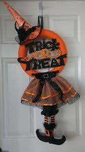 Halloween Wreaths Door 162 Best Halloween Wreaths Images On Pinterest