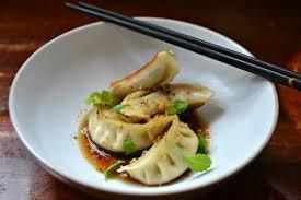 recette cuisine japonaise facile gyoza au poulet ou raviolis japonais au poulet la recette facile