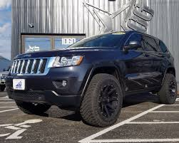 jeep cherokee black with black rims wheel offset 2013 jeep grand cherokee aggressive 1 outside fender