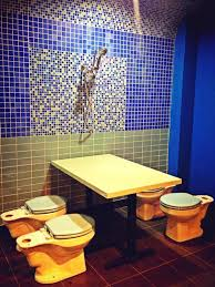 themed toilet seats ilulz america s toilet themed restaurant
