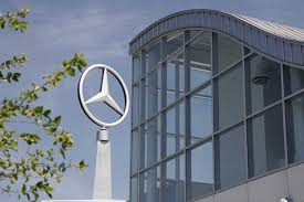 mercedes tuscaloosa mercedes invests 2 billion into tuscaloosa plant autoguide