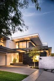 This California Home Preserved The Existing Trees To Maintain A - California home designs