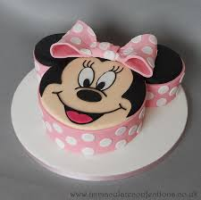 minnie mouse cake novelty cake minnie mouse immaculate confections