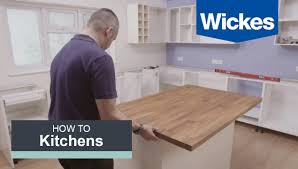 Building Kitchen Islands by How To Build A Kitchen Island With Wickes Youtube