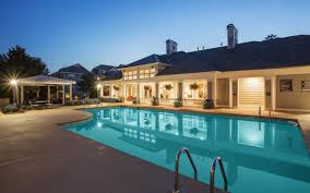 Raleigh Nc Luxury Homes by Northwest Raleigh Nc Apartments For Rent The Seasons At Umstead