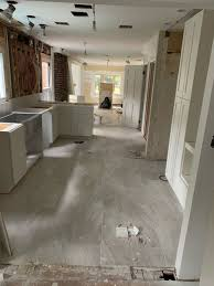 what color floor for white cabinets white cabinets light floors what color countertop