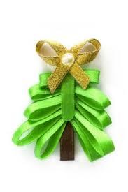 craft ribbon craft ideas using ribbon thriftyfun