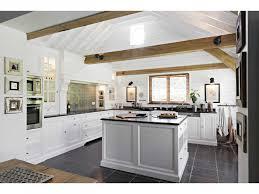 cuisine rustique blanche cuisine rustique blanche galerie avec formidable cuisine moderne