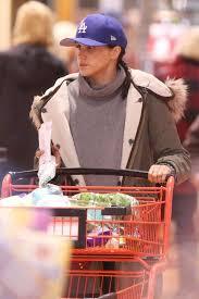 meghan markle toronto meghan markle shopping in toronto 07 gotceleb
