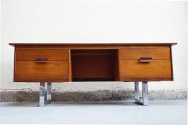 bureau vintage design meuble bas scandinave bureau tele teck annees 50 60 70 vintage