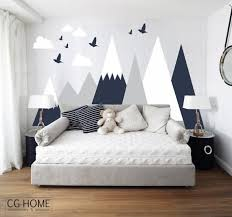 jeux de décoration de chambre de bébé mountains wall decal woodland wall covering clouds birds baby
