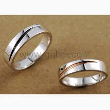 personalized wedding band wedding bands for men and women set with names engraved