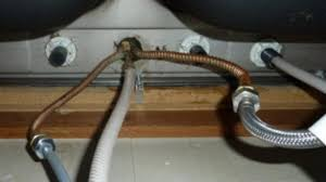 How To Replace Kitchen Sink Faucet Replacing Kitchen Sink Faucet Kitchen Windigoturbines Replacing