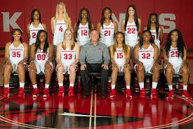 Arkansas traveling teams images 2016 women 39 s basketball season celebration arkansas razorbacks png