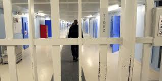au bureau fleury merogis fleury mérogis des dizaines de smartphones découverts dans la prison