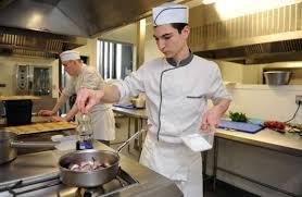 apprentissage en cuisine relancer l apprentissage une promesse non tenue de françois hollande