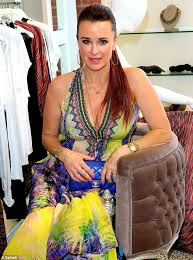 does kyle richards wear hair extensions kyle richards 45 models halter neck dress at her beverly hills