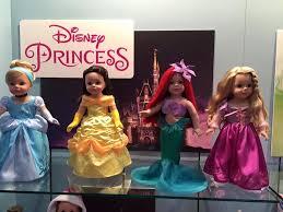 madame disney dolls fair previews diskingdom