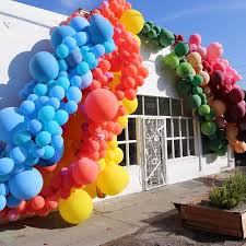 balloons delivered nyc 737 best arches images on balloon arch balloon