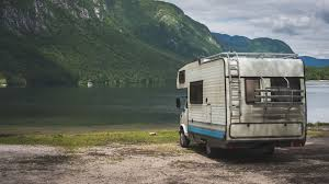 Motorhome Garage Where Can You Store An Rv We Evaluate The Options Storage Com