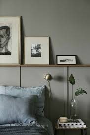 minimalist bedside table 25 beste ideeën over minimalist bedside tables op pinterest