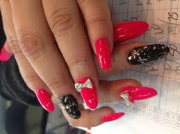polish nails salon