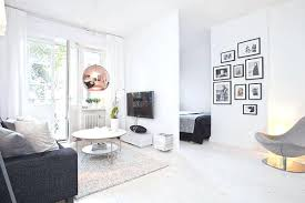 One Bedroom Apartment Toronto For Rent Rent A Studio Apartment In Toronto Sharing A One Bedroom Apartment