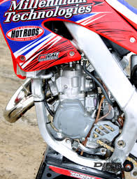 import motocross bikes 2000 honda cr125 a new bike rises from the ashes dirt rider