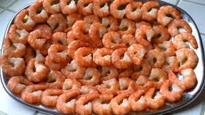 comment cuisiner les crevettes congel馥s recette les crevettes à l ail apéritif cuisine vins