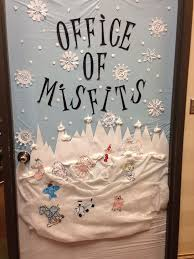 Christmas Office Door Decorations Best 25 Christmas Door Decorations Ideas On Pinterest Christmas