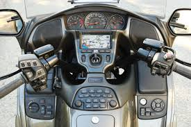 2010 honda gold wing audio comfort navi xm moto zombdrive com