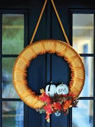 Easy Halloween Wreath by Halloween Craft Make A Tow Wreath Hgtv