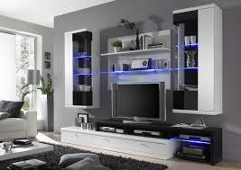 moderne wohnwand hochglanz moderne wohnwand in weiss applikation glas schwarz hochglanz 16