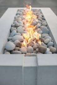 Fire Pit Rocks by Best 25 Outdoor Gas Fire Pit Ideas On Pinterest Patio Gas